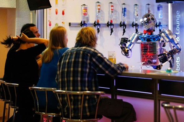 robot bar tender